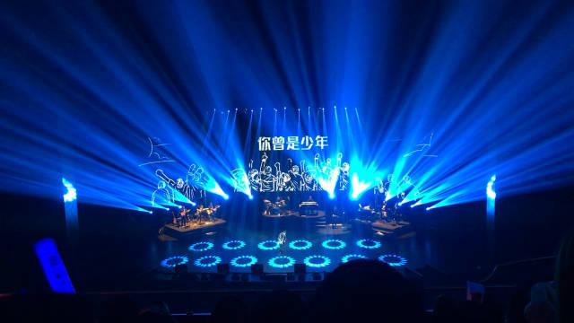 #周深c-929星球全国巡回演唱会# 南京站山顶版~《你曾是少年》