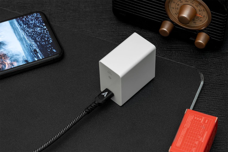 苹果好伴,Smartisan 65W GaN快速充电器实测