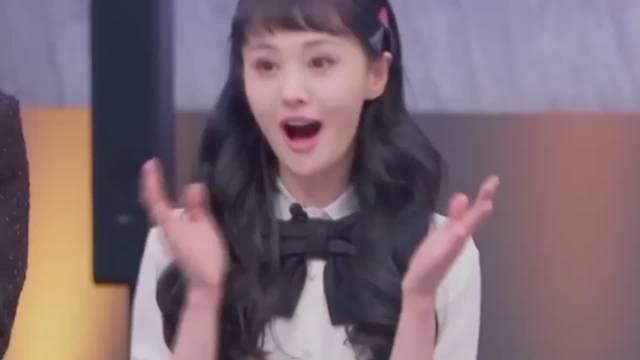 [耶]#郑爽 粉丝应援典范#  楚雨荨又跳广场舞了   小时候就觉得跳很好[doge]