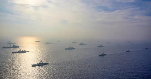 印度东部舰队出动,22艘战舰列阵印度洋,严重威胁生命线