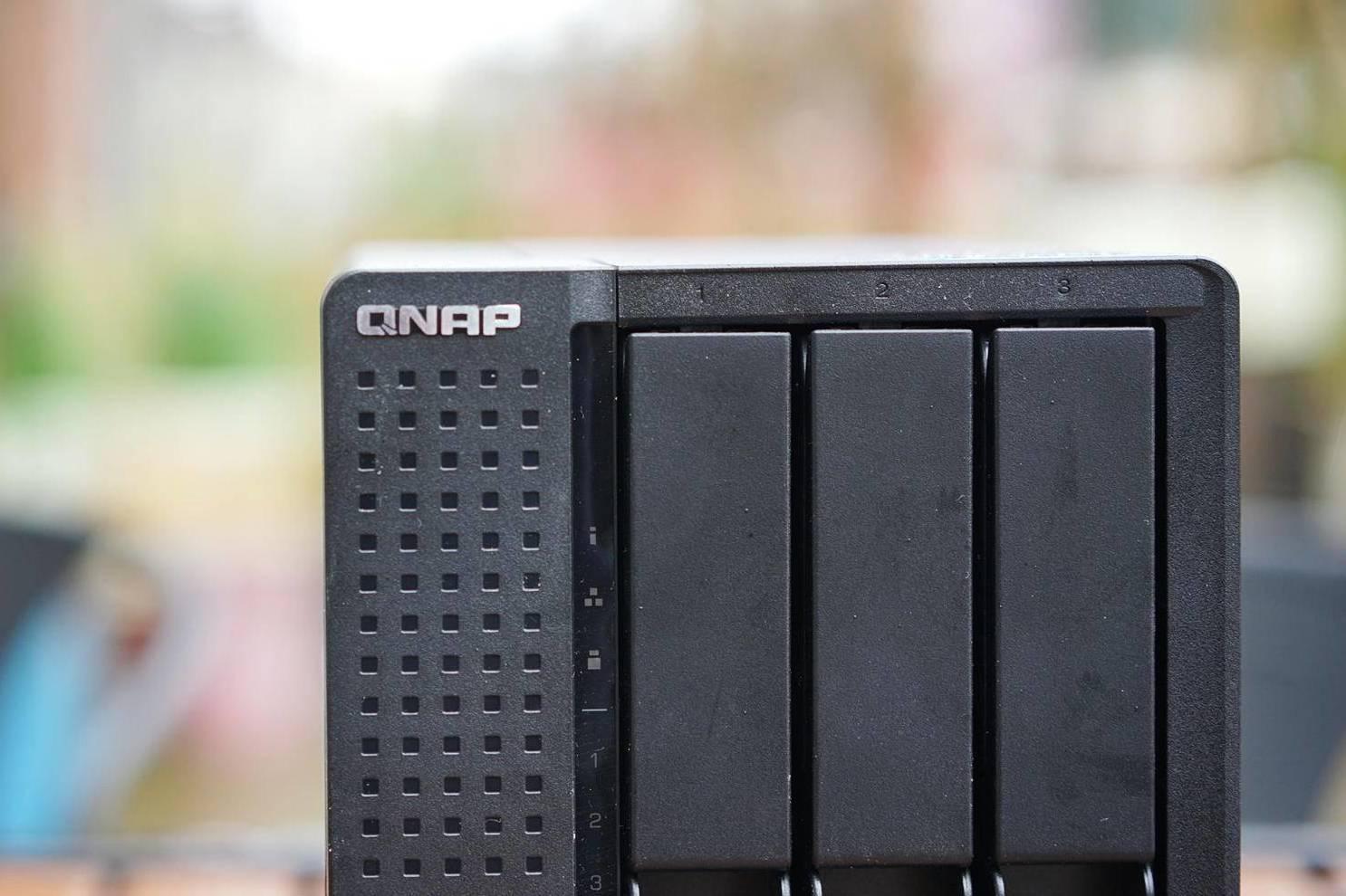 小白入坑网络服务器:五盘位威联通TS-551体验