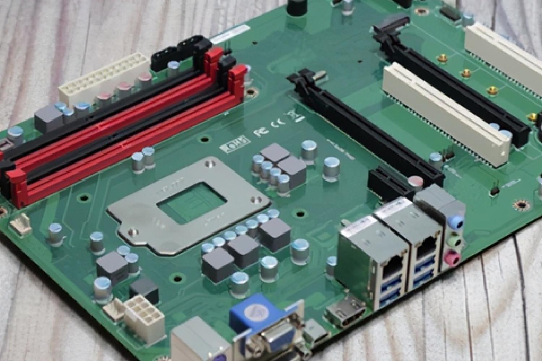 打破传统,散热到底:益德CPU反装双极主板