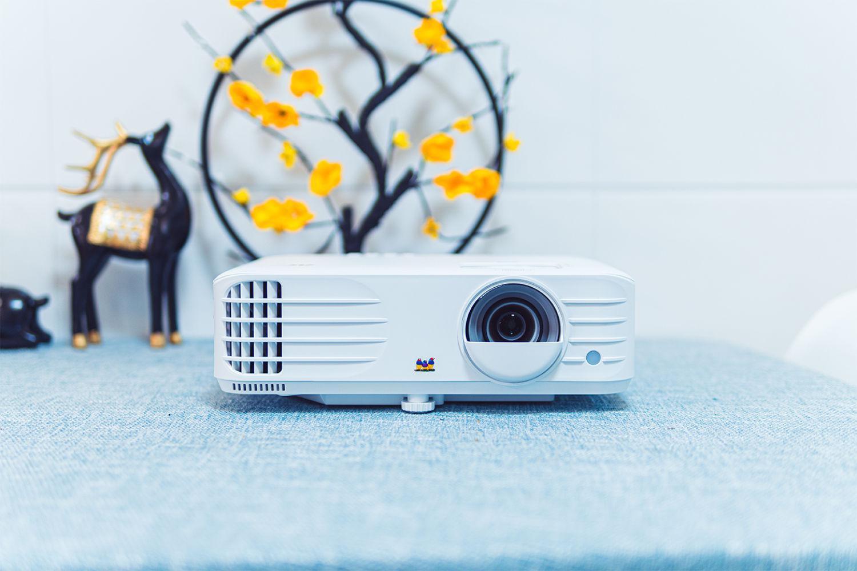 游戏与影音兼得,优派PX701-4K家用投影够爽快