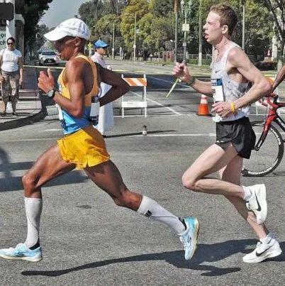 跑步的核心技巧,学会这招就够了!