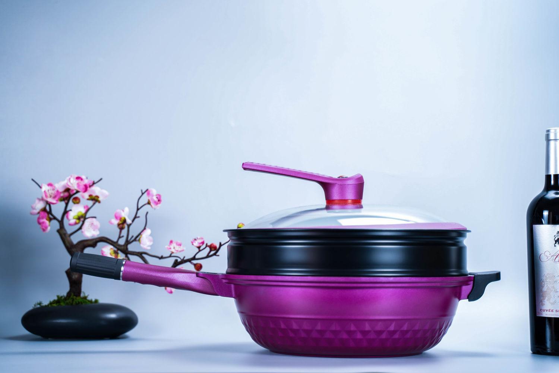享受精致美食英国帝伯朗灵感系列钛钻多功能锅