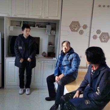 国家发展改革委派驻汪清县挂职干部积极参与脱贫攻坚迎检工作