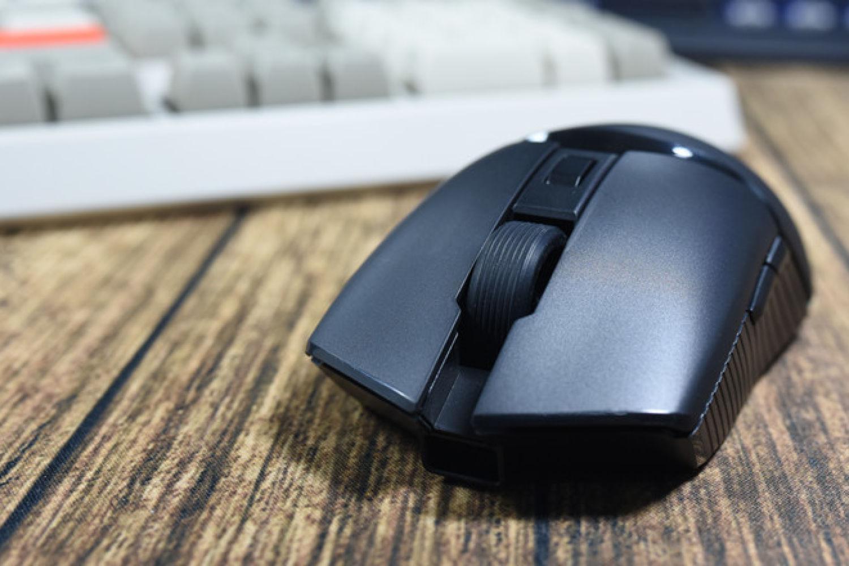 有诚意有态度可挂机:黑爵i309Pro双模游戏鼠标