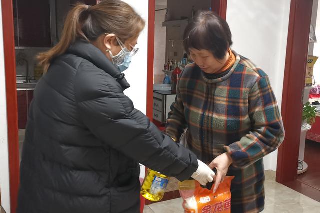 吴泰社区关怀残疾妇女