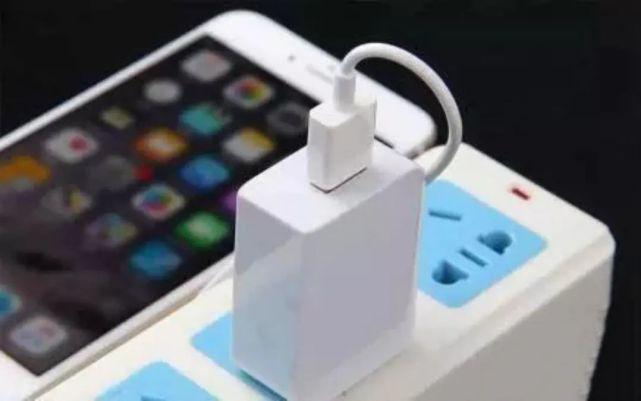 这样的充电线你还在用?致7人死亡!