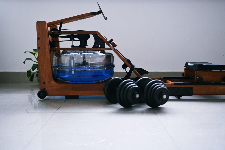 从握力器到划船机,20年健身史的运动装备分享