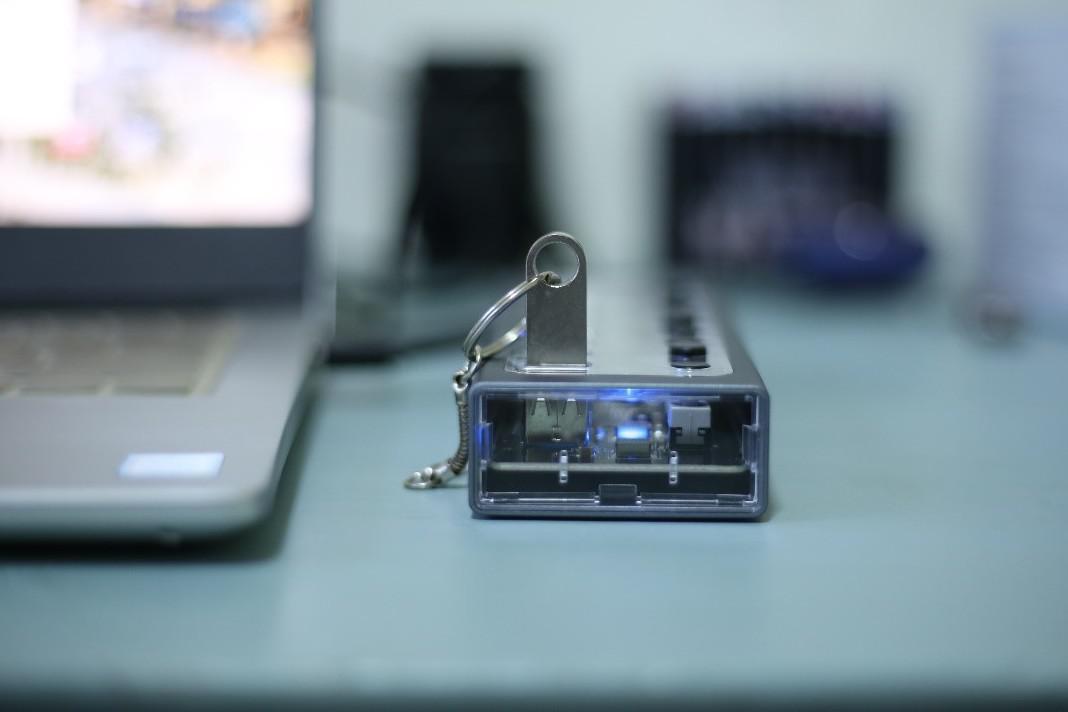 """电脑USB接口""""拯救者"""",奥睿科星耀控集线器"""