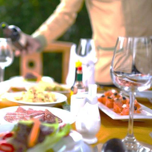 【银河食品饮料周颖】行业动态 2021.3丨消费回暖进行时,看好白酒赛道优质成长价值