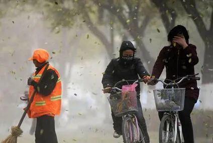 黑龙江雨水大风降温齐来袭  雷暴和小冰雹正在赶来!