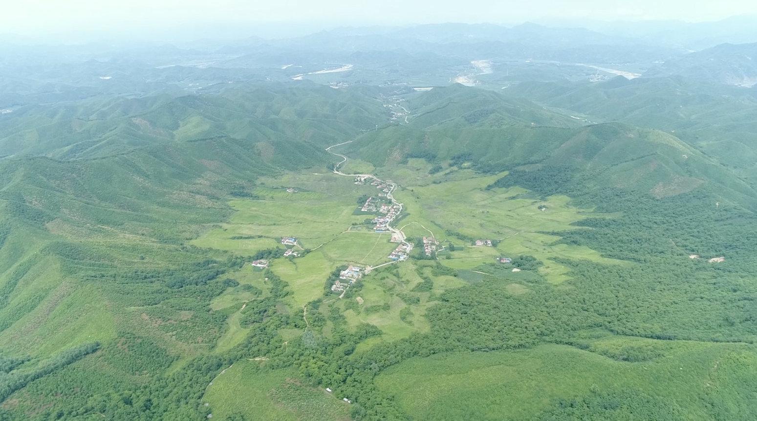 探秘中国首个被证实的陨石坑