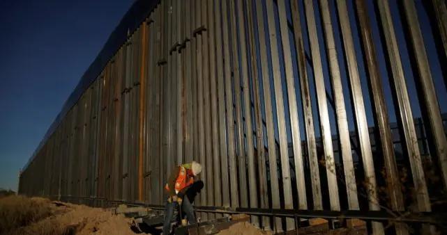 移民危机恶化,拜登政府重启边境墙部分工程
