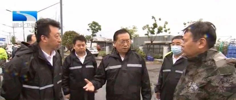 受湖北省委书记应勇委托 代省长王忠林赴现场指导龙卷风灾情处置