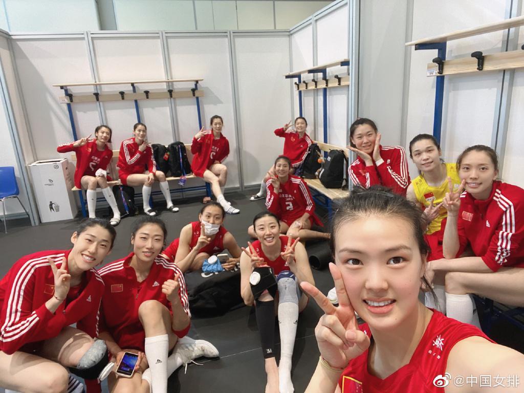 世联赛中国女排3-2大逆转德国女排 张常宁23分
