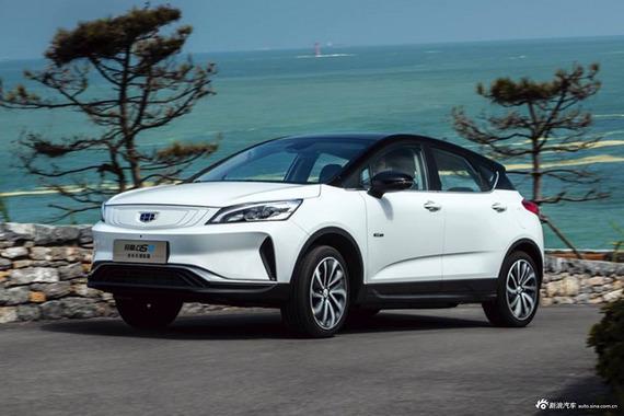 明明可以靠颜值却非要靠价格实力,吉利汽车帝豪GSe全国10.88万起