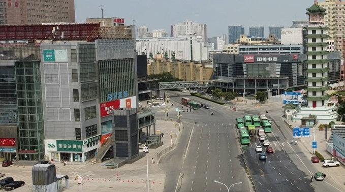 航拍疫情下的郑州二七广场