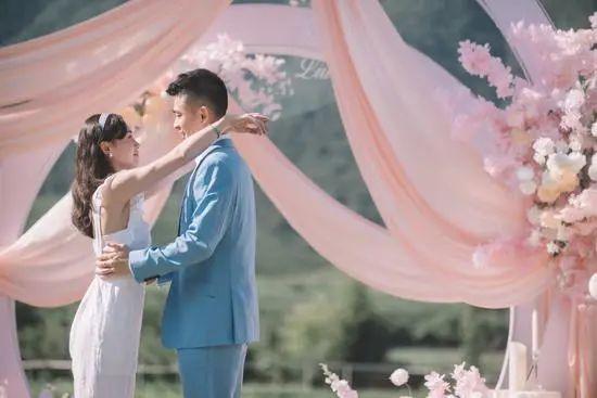 郑思维回应求婚:想给女友一个家 婚姻会帮助事业