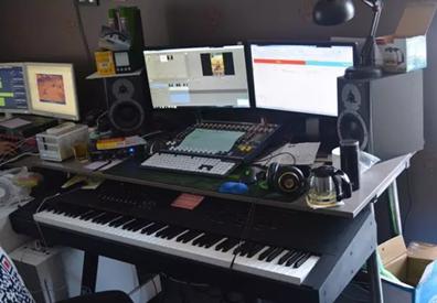 专业的音乐调制设备
