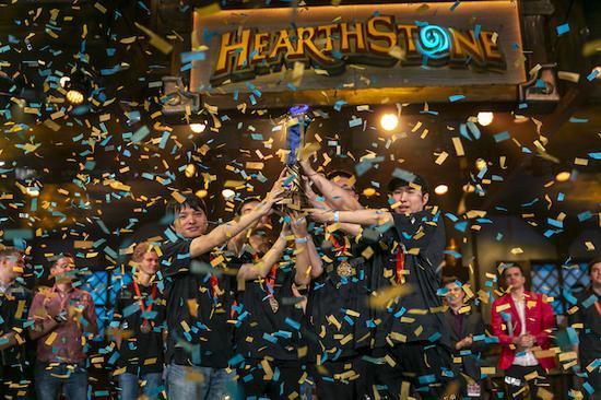 《炉石传说世界杯》中国队夺冠 免费领取卡牌包活动开启