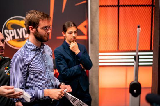 LEC多位教练表示:柏林网络糟糕或会影响世界赛