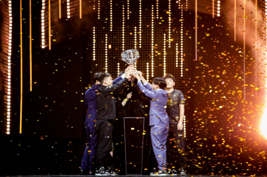 LOL:团队配合大于个人实力 RNG夺得春季赛冠军他们能于MSI走多远