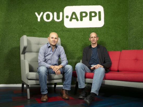 YouAppi联合创始人兼CEO Moshe Vaknin (左)与联合创始人兼CTO Ofer Garnett (右)