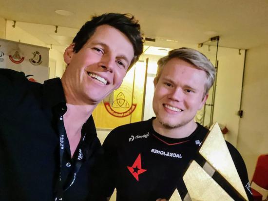 Astralis CEONikolaj Nyholm和Magisk