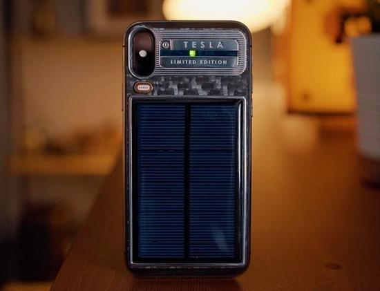 支持太阳能充电的iPhone X定制保护壳 售价超3万人民币