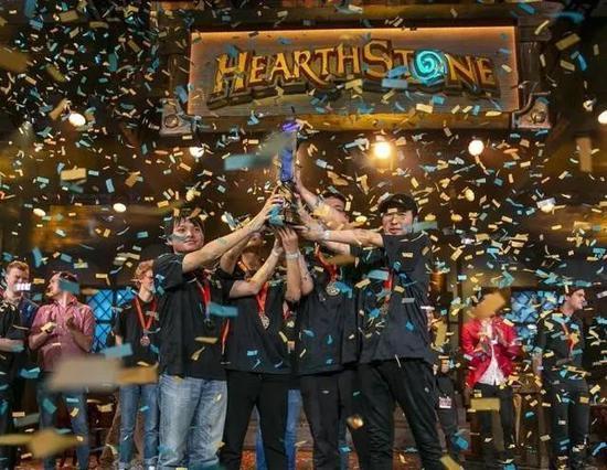 《炉石传说》中国队取得冠军
