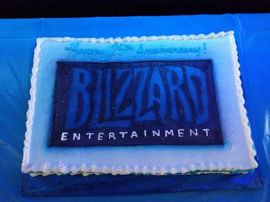 暴雪总部举行盛大派对 庆祝公司成立二十五周年!1