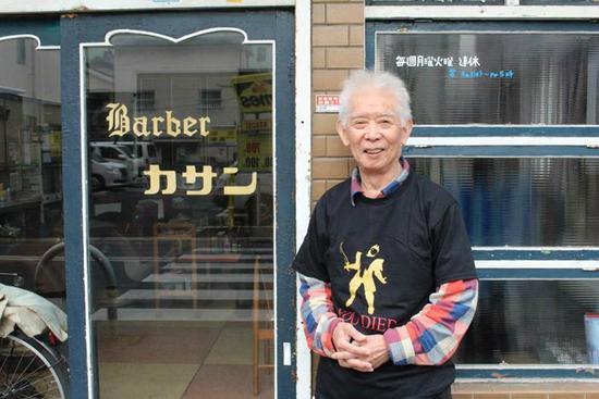 在游戏中体验过往人生 日本80岁老人热衷《黑暗之魂》
