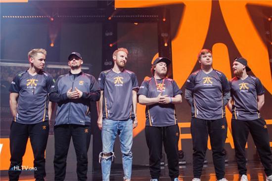 fnatic是第三支受邀参赛的队伍