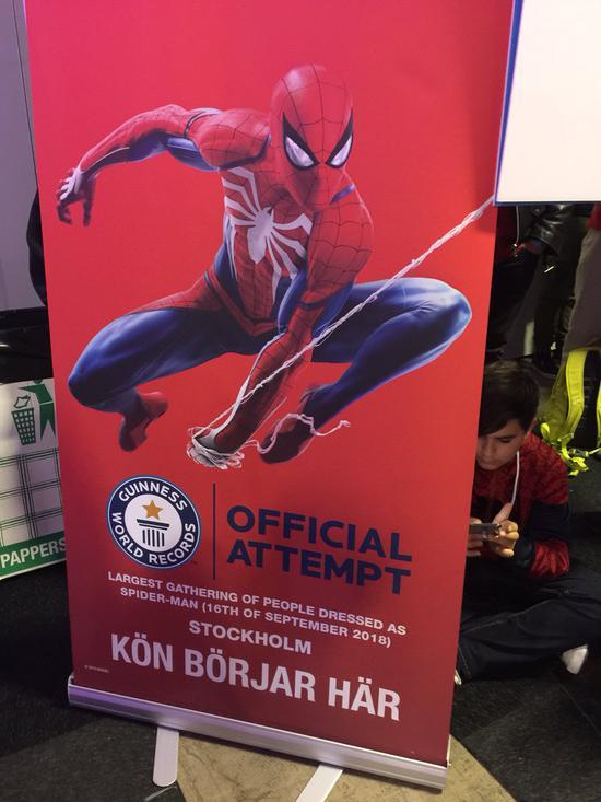 《漫威蜘蛛侠》已在9月7日独占登陆PS4,游戏支持中文。