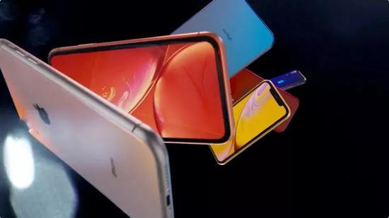 焦点4、苹果全新芯片A12问世,7nm制程8核AI