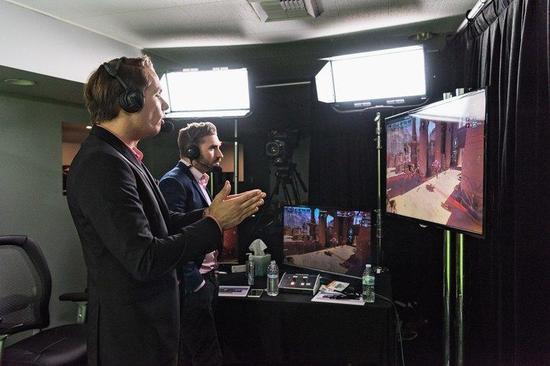 《守望先锋》联赛的转播技术已经在向传统体育赛事靠齐了