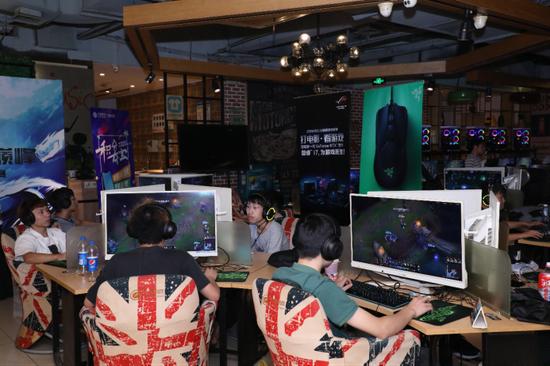 2019首届中国移动电子竞技大赛上海高校赛收官