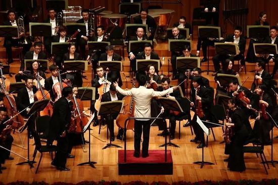 中国交响乐团演出《黄河大合唱》