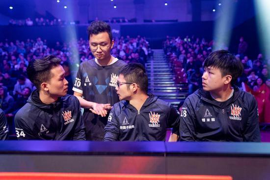 W.EDGM决赛日捍卫中国荣耀
