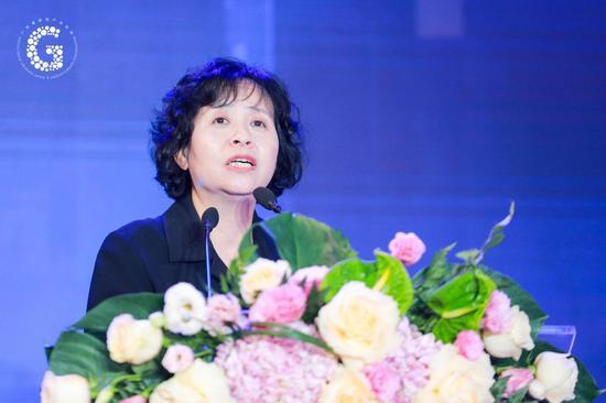 广东省游戏工业协会履行会长、广东光合作用文明展开有限公司董事长鲁晓昆女士