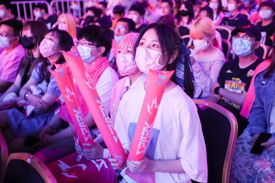 首战告捷!杭州闪电队线下主场赛事火热开赛