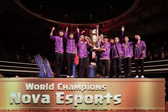 2018东京全球总决赛Nova夺冠