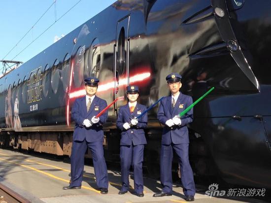 日本《星球大战:原力觉醒》主题列车