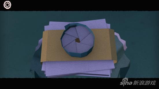 连相机都是纸做的……