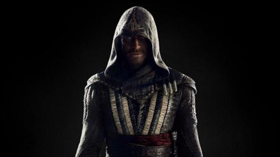 法斯宾德扮演的《刺客信条》电影版男主角