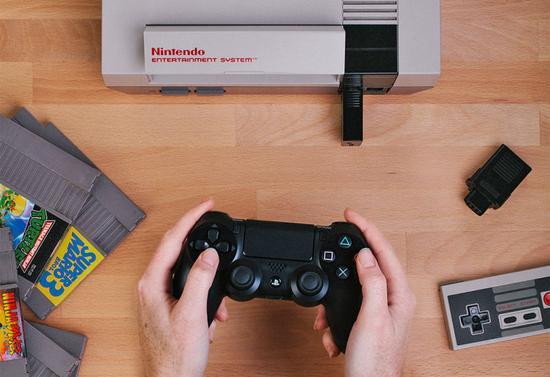 用PS4手柄玩超级玛丽 红白机无线手柄接收器推出