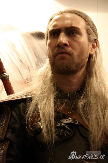 一名 Geralt 的 coser