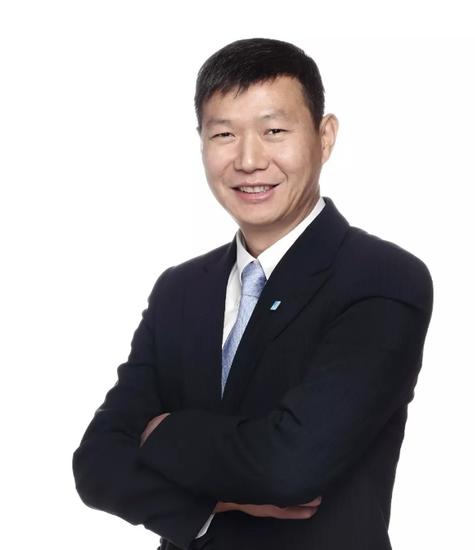 池宇峰 完美世界控股集团有限公司董事长、洪恩教育科技股份有限公司董事长、DBA首二班